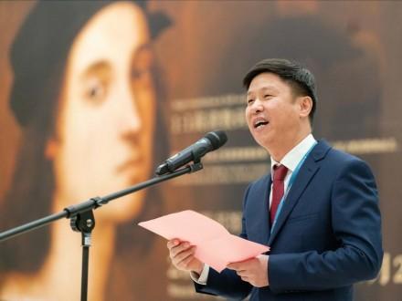 Speech by Fang Jiazhong, Director of Guangzhou Library