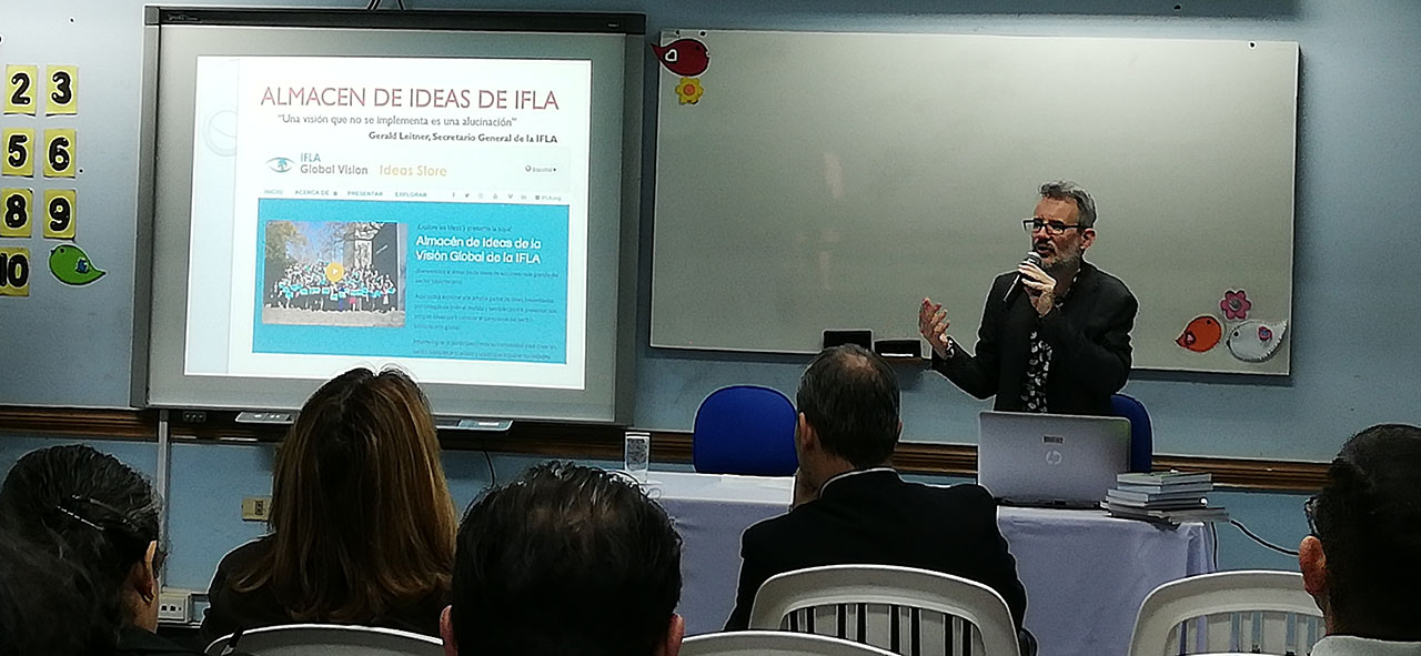 IFLA NPSIG member, Andrés Reinoso, spoke at the IFLA Strategy meeting in Paraguay.