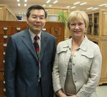 Xiang Zhu and Ingrid Parent