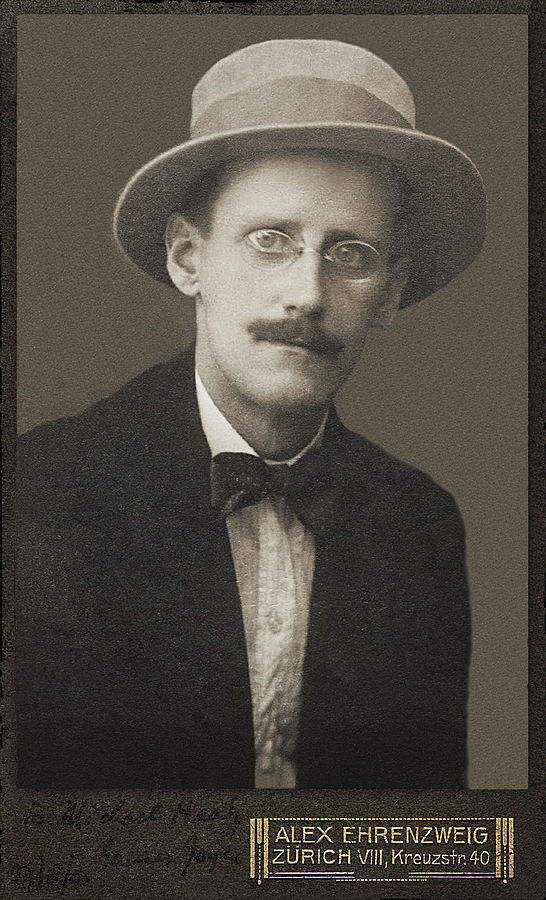James Joyce by Alex Ehrezweig, 2015: https://commons.wikimedia.org/wiki/File:James_Joyce_by_Alex_Ehrenzweig,_1915_restored.jpg.