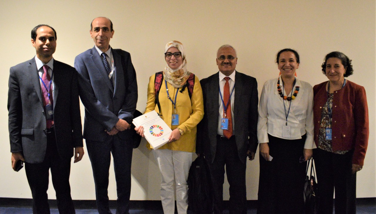 IFLA's representative Zoubeida Bouallagui with the Tunisian delegation