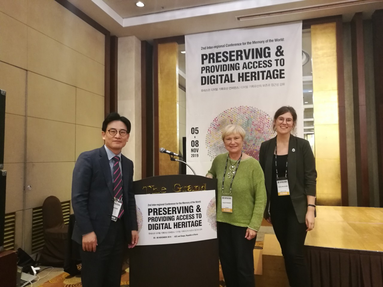 (L to R) Kwibae Kim, chair of Memory of the World Committee for the Asia-Pacific, Ingrid Parent, past IFLA president and UNESCO-PERSIST chair with a Policy and Advocacy team member and conference organiser