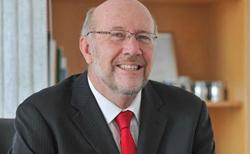 Dr Rob Adam